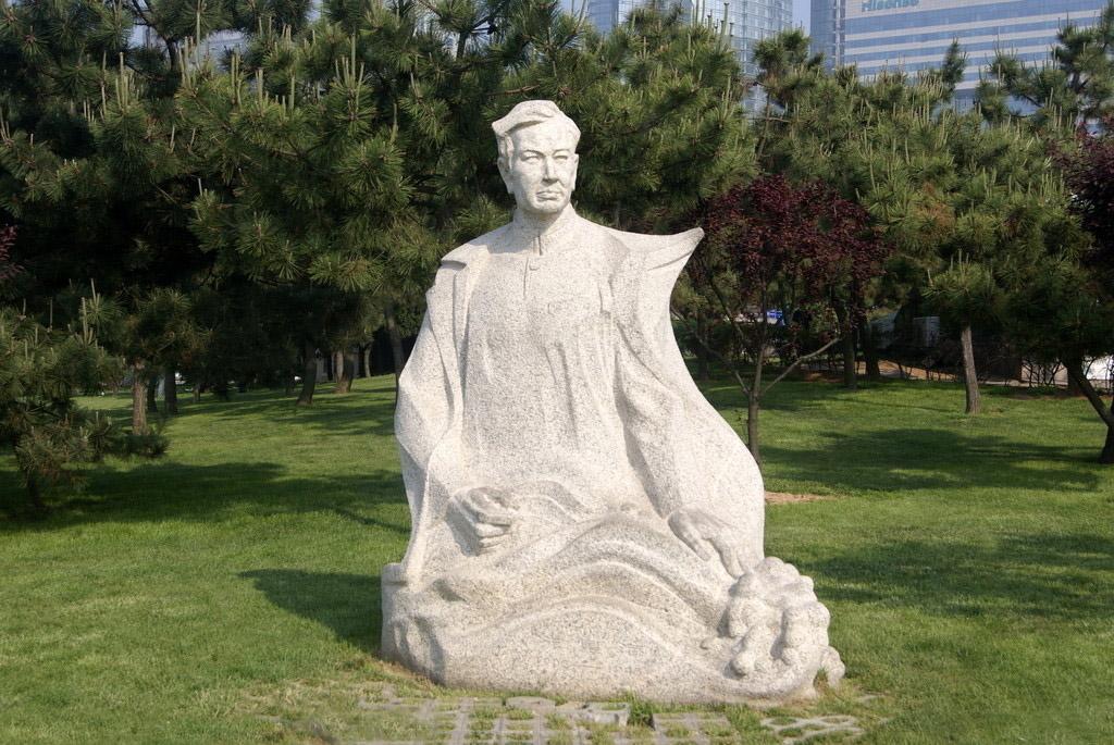 冼星海雕像